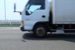 あおり運転の法的問題点と予防法・対処法